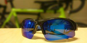 ユニクロのサングラス、千円で買えるサイクリング用アイウェアは想像以上に素晴らしい機能を持っていた
